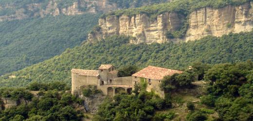 Santuari de Santa Maria de Finestres, Mieres